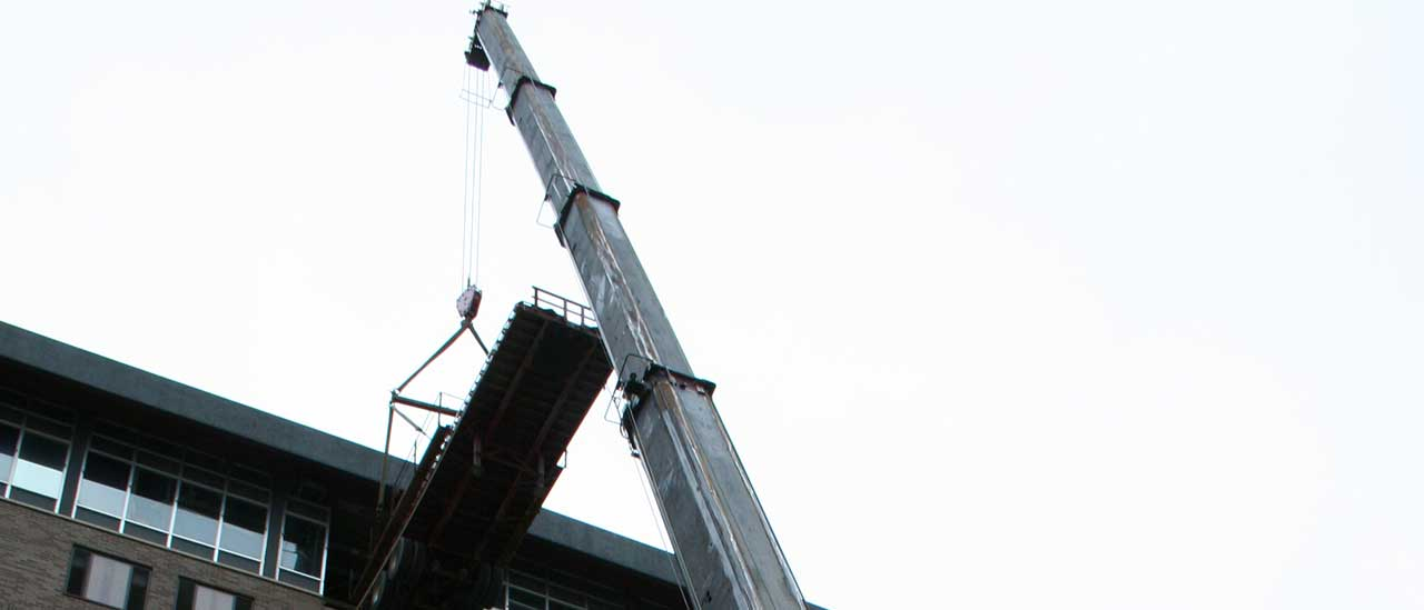 Metro-condos-new-chiller-going-in-banner-2