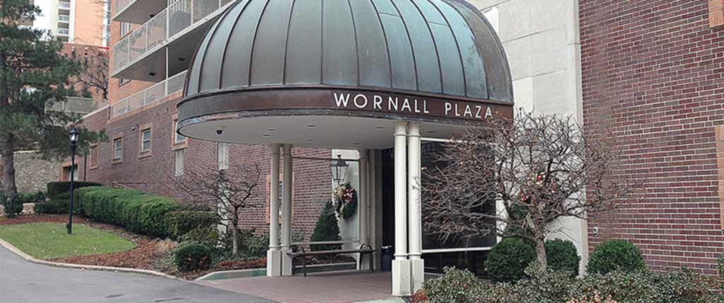 Wornall-Plaza-North-Entrance2
